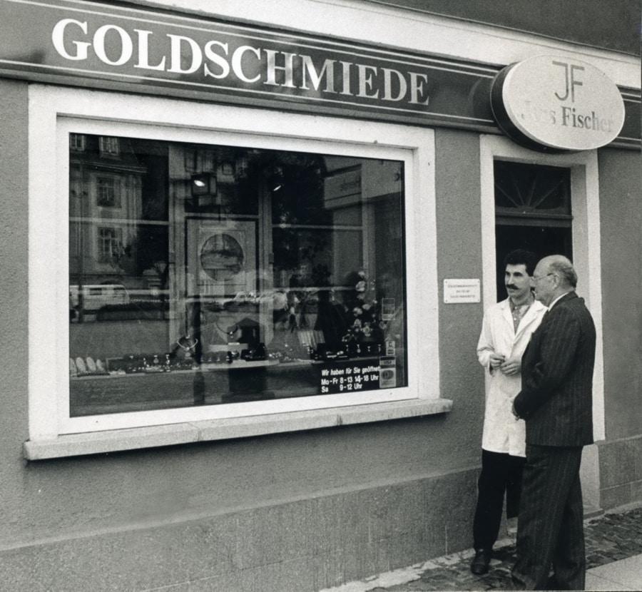 Goldschmiede Fischer Schmuckdesign Unikatschmuck Unternehmen Geschichte Ladeneröffnung